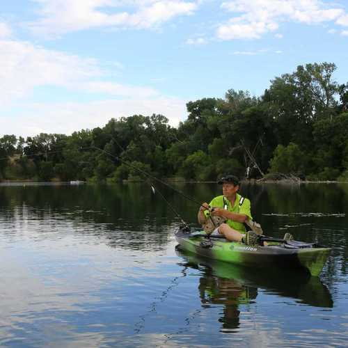 Best bass fishing kayak reviews authorized boots for Bass pro fishing kayak