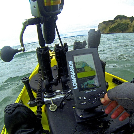 Best fish finder for kayak authorized boots for Best fish finder