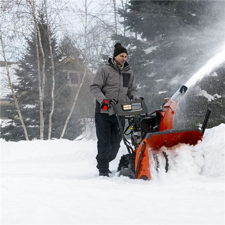 Best Snow Blowers For Large Driveways Authorized Boots