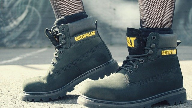 Best Safety Shoes For Women | Authorized Boots