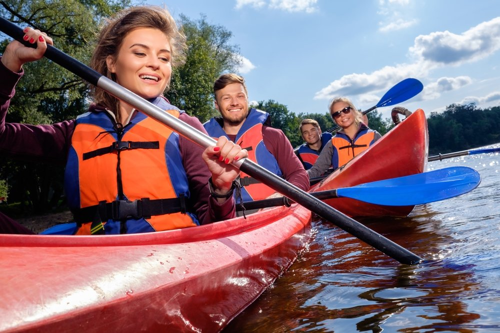 top 10 best life jackets for kayaking in 2017